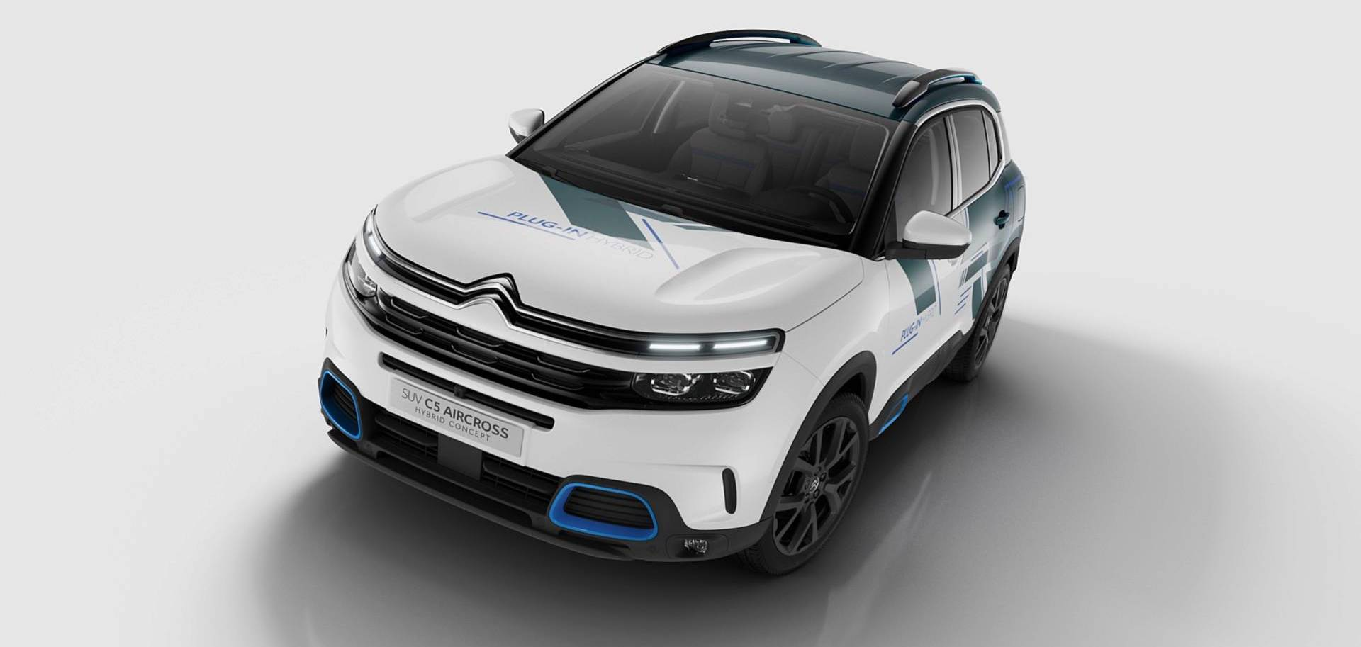 Citroen Shows Almost Production-Ready C5 Aircross Hybrid Concept