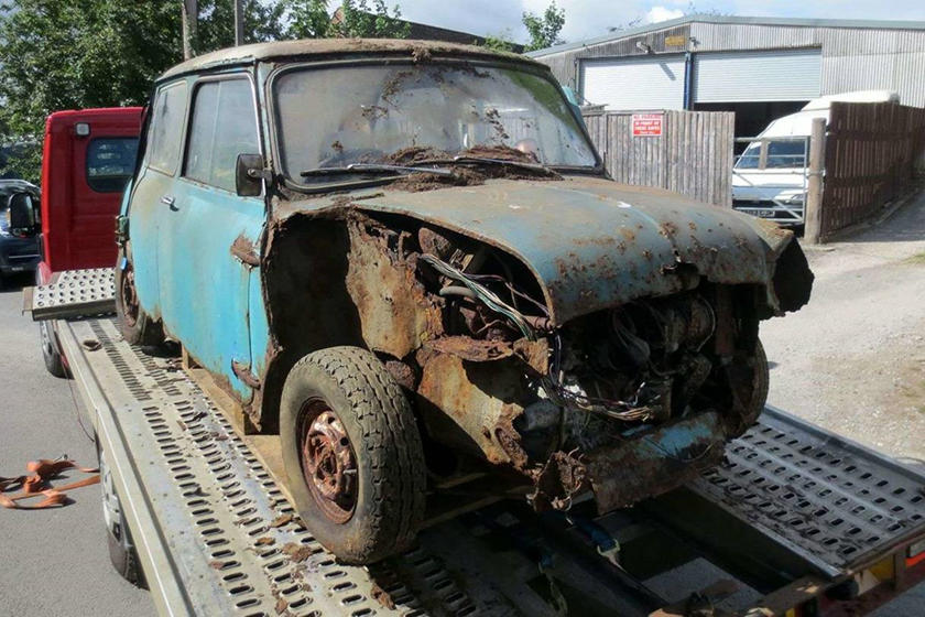 You Won't Believe How Much Someone Paid For This Scrapped Mini Cooper S