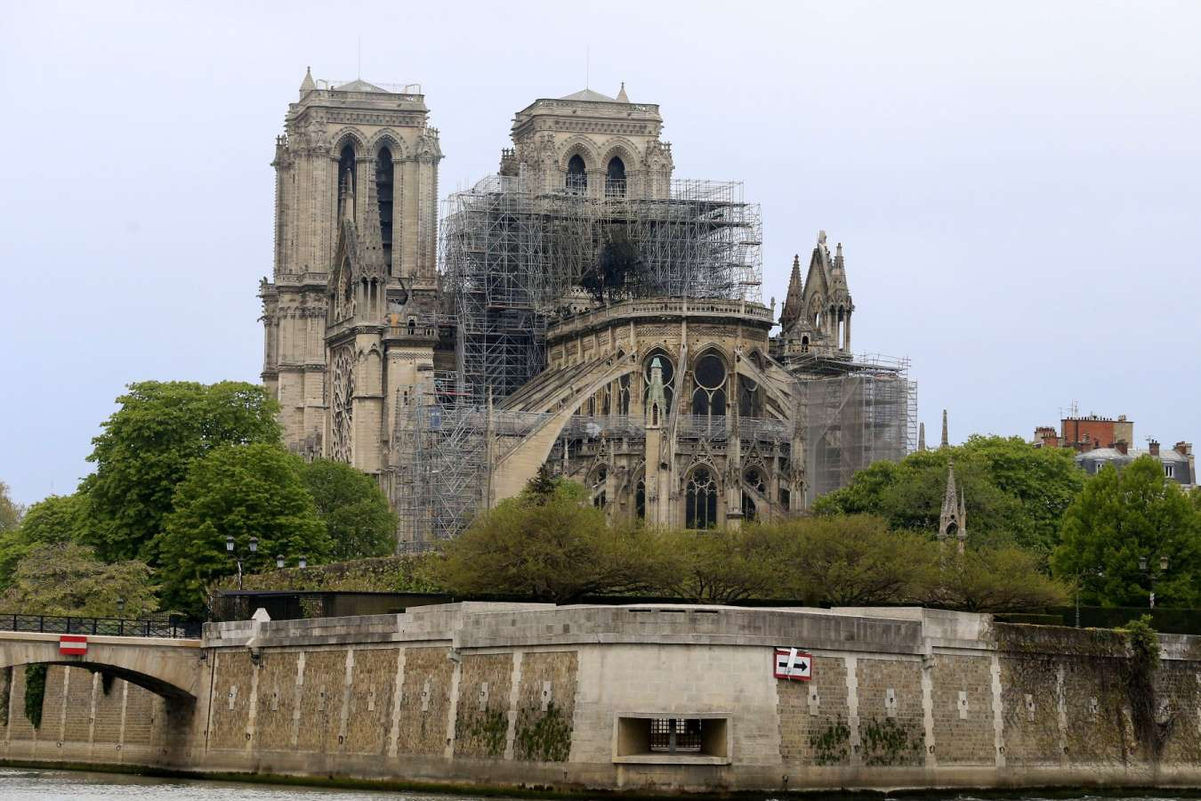 Automotive Firms Pledge To Save Notre-Dame
