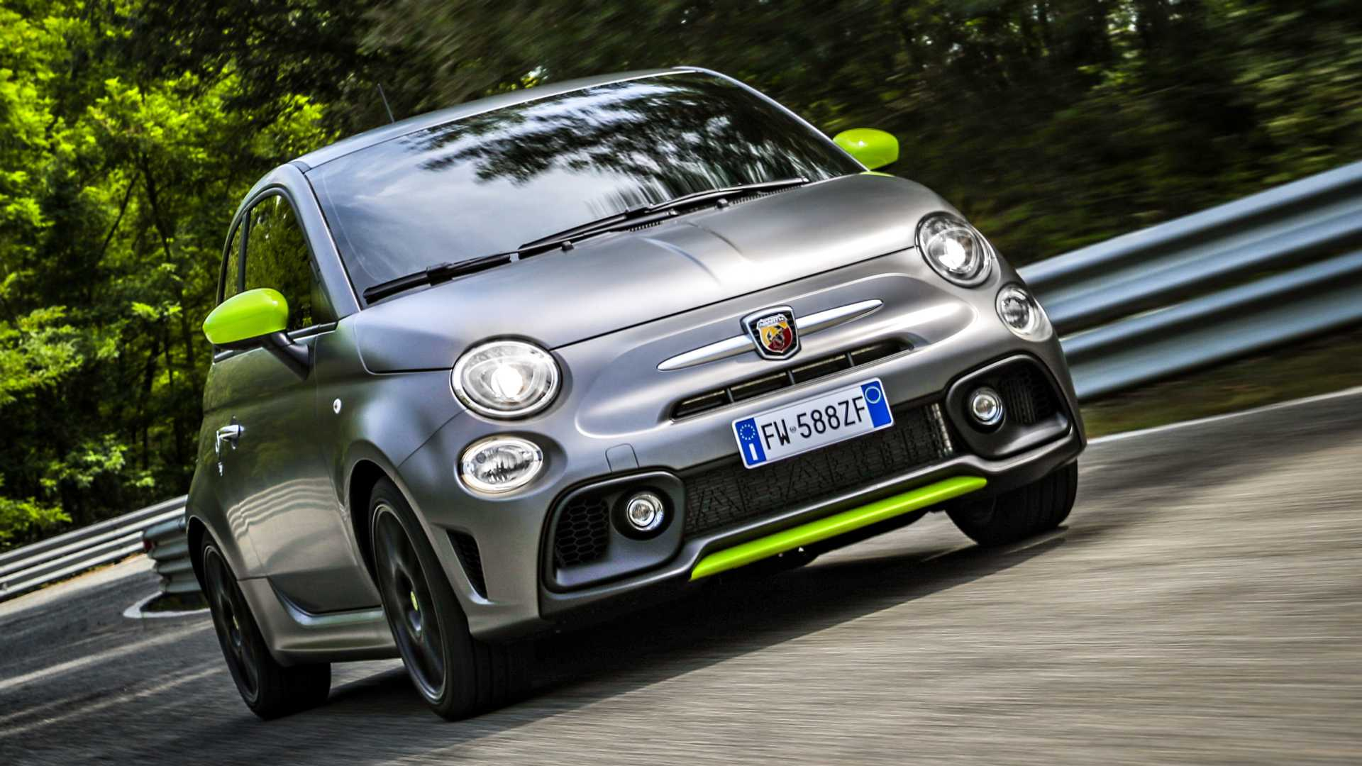Abarth 595 Pista Has 'Oversized' Turbo For 165 HP
