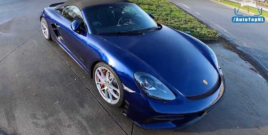 718 Spyder Is No Baby Porsche, See It Hit 305 km/h On The Autobahn