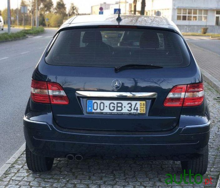 2008 Mercedes-Benz B-200 Turbo em Valongo, Portugal