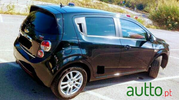 2011 Chevrolet Aveo full extras in Matosinhos, Portugal - 3