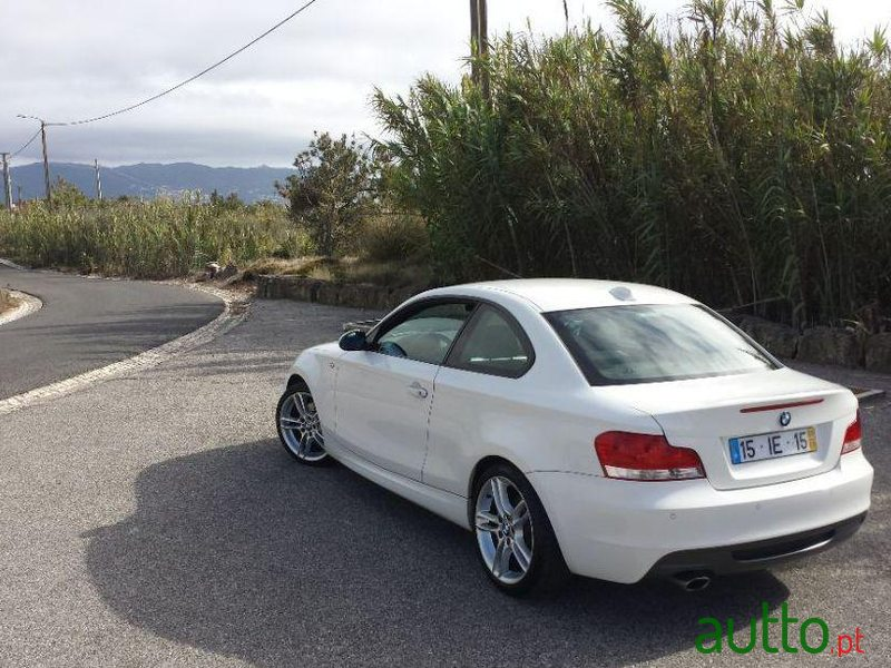 2009 BMW 120 D in Sintra, Portugal