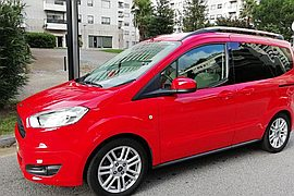 2017' Ford Tourneo Courier