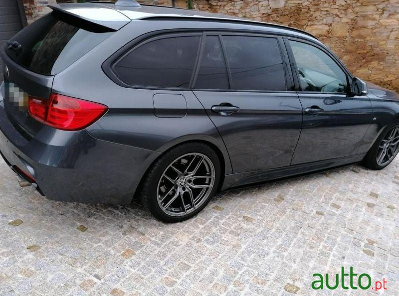 2014 BMW 318 Pack M Performance em Santo Tirso, Portugal - 3