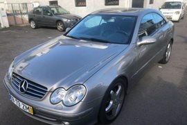 2005' Mercedes-Benz Clk-270