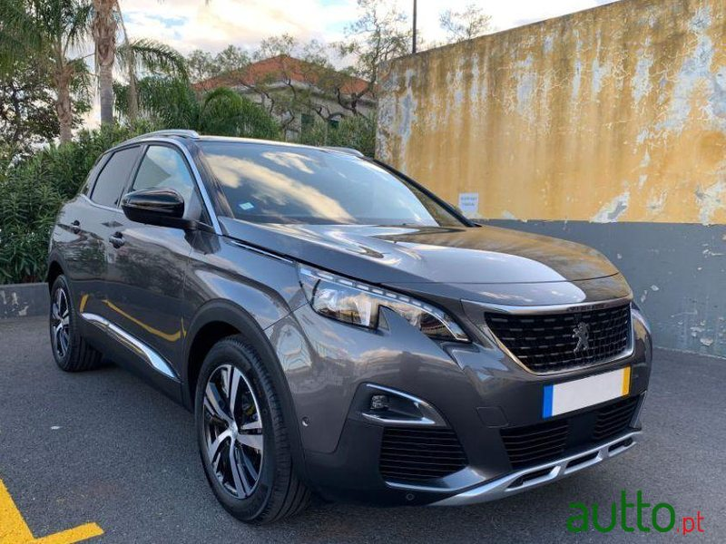 2020 Peugeot 3008 in Funchal, Portugal - 2
