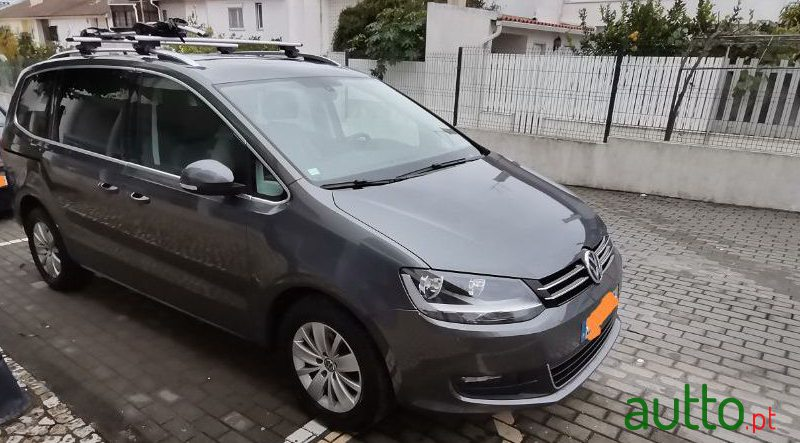 2016 Volkswagen Sharan in Sintra, Portugal - 5