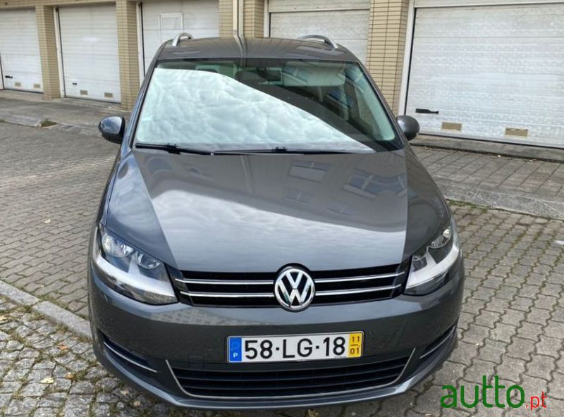 2011 Volkswagen Sharan 2.0 Tdi Highliine in Porto, Portugal - 4