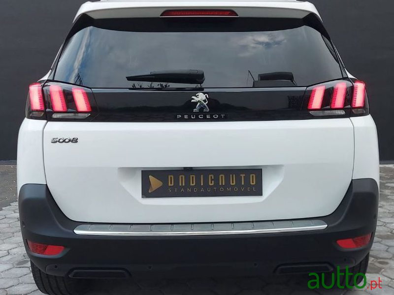 2019 Peugeot 5008 in Portimão, Portugal - 2