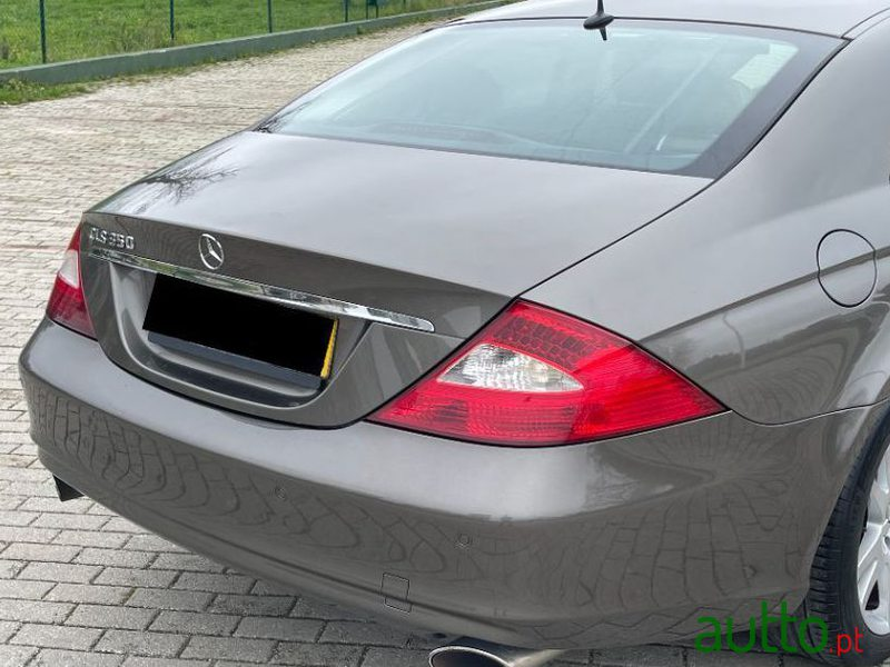 2006 Mercedes-Benz Cls-350 in Lisbon, Portugal