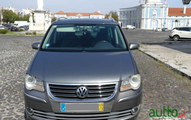 2006 Volkswagen Touran in Sintra, Portugal - 4