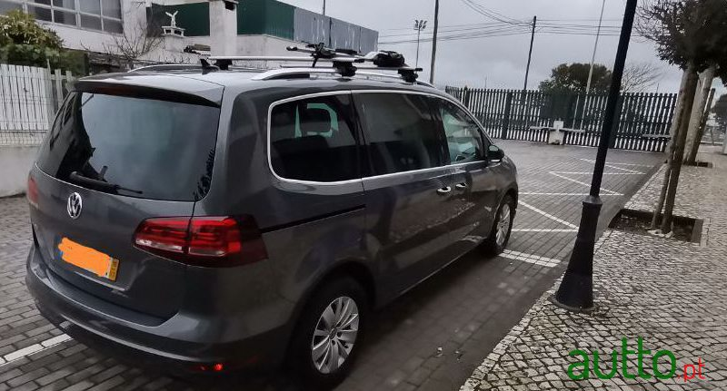2016 Volkswagen Sharan in Sintra, Portugal - 4