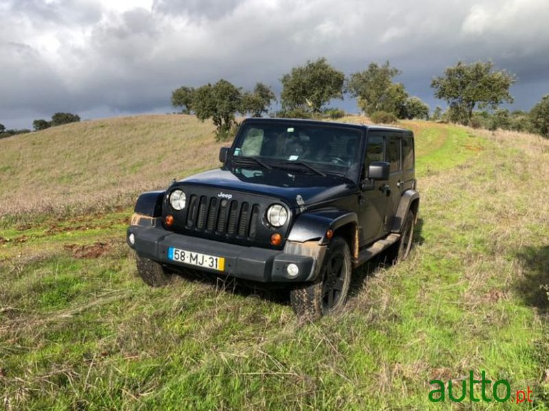 2011 Jeep Wrangler in Faro, Portugal - 3