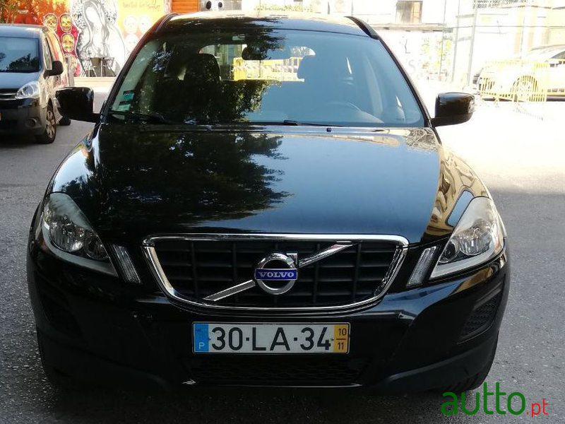 2010 Volvo Xc-60 2.0 D3 Drive Momentum in Lisbon, Portugal - 2