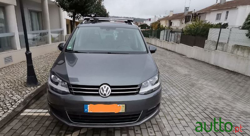 2016 Volkswagen Sharan in Sintra, Portugal - 3