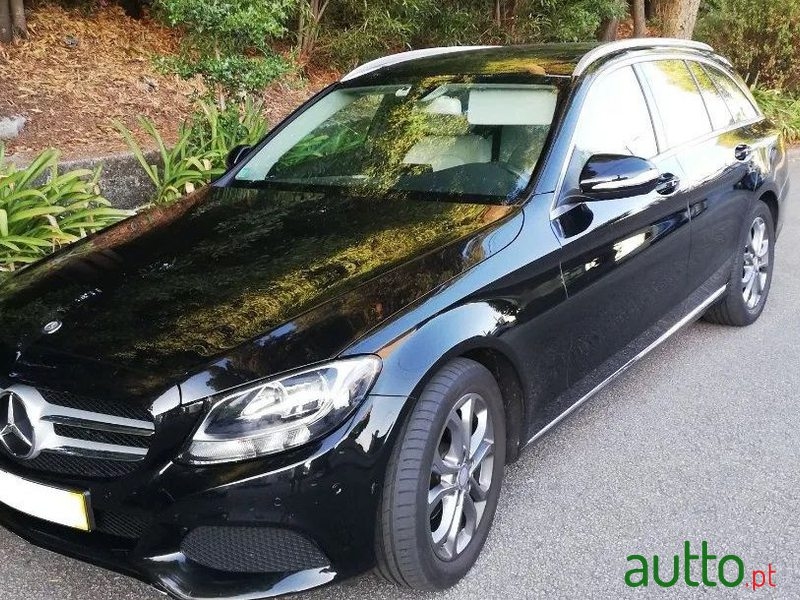2015 Mercedes-Benz C-200 em Gondomar, Portugal