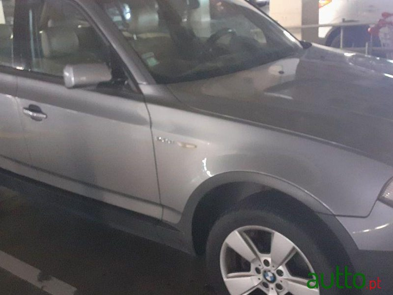 2005 BMW X3 2.0 D in Loures, Portugal - 2