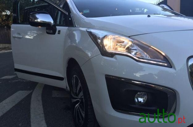 2014 Peugeot 3008 in Cascais, Portugal