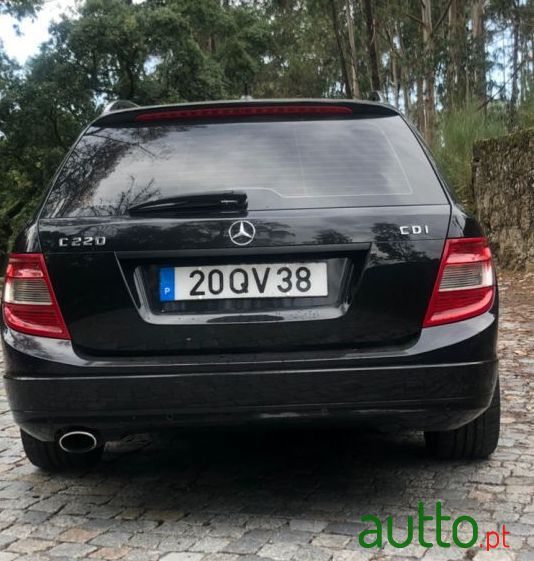 2010 Mercedes-Benz C-220 Blueefficiency in Santo Tirso, Portugal - 4