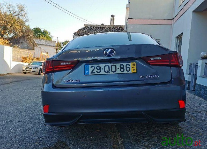 2015 Lexus Is 300H Ver-Pack-F-Sport em Loulé, Portugal - 5