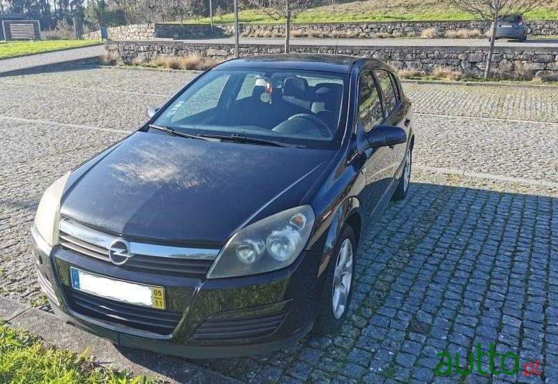 2005 Opel Astra in Maia, Portugal