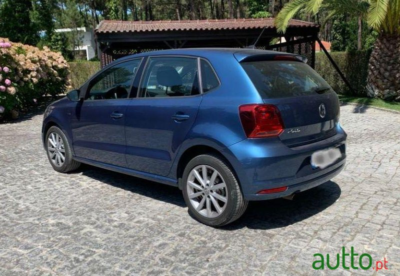 2016 Volkswagen Polo in Lisbon, Portugal - 4