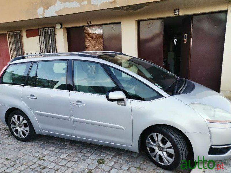 2010 Citroen C4 Grand Picasso in Alcochete, Portugal - 2