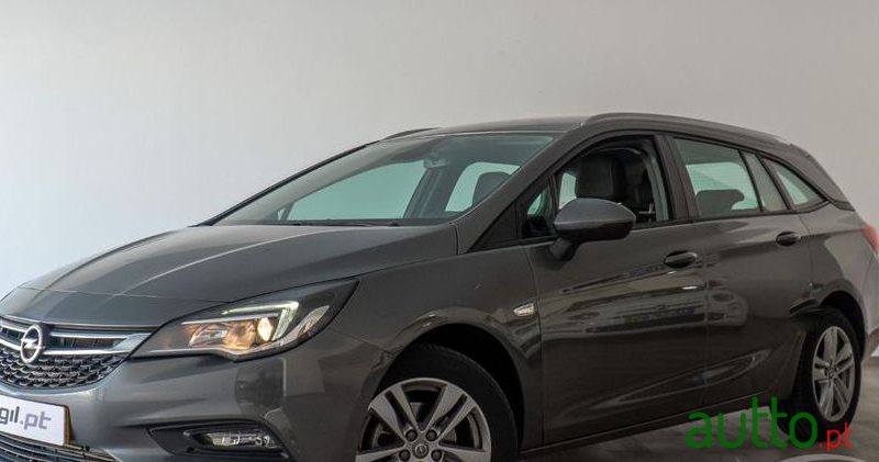 2017 Opel Astra Sports Tourer em Portalegre, Portugal - 2