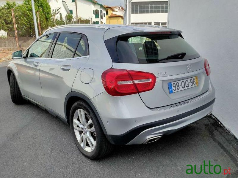 2015 Mercedes-Benz Gla-180 em Guarda, Portugal - 3