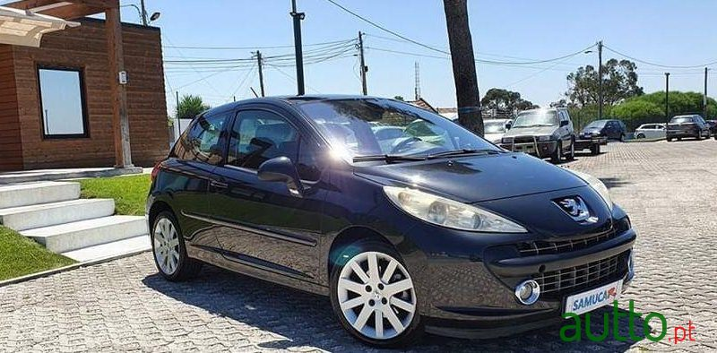 2006 Peugeot 207 in Seixal, Portugal - 4
