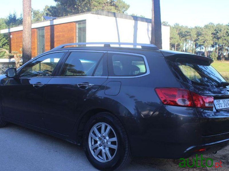 2010 Honda Accord Tourer 2.2 Nacional in Almada, Portugal