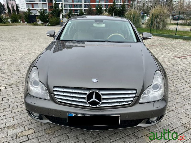 2006 Mercedes-Benz Cls-350 in Lisbon, Portugal - 2